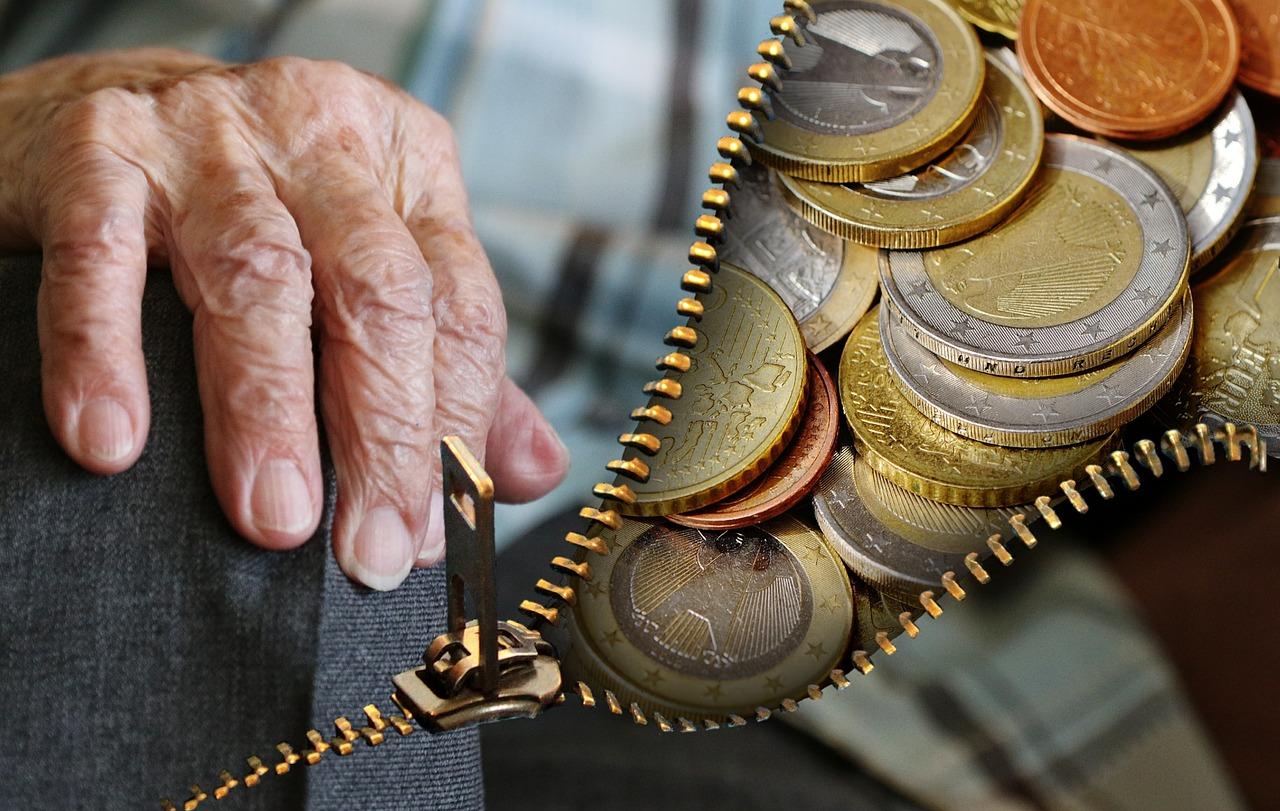 Jeder Einzelne muss sich um die ausreichende Altersvorsorge Finanzkompass selbst kümmern.